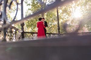 newlyweds in zrinjevac pavilion
